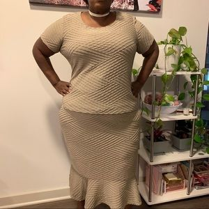 🎉HP🎉 Textured skirt set